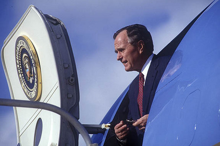 Pres. George H. Bush exiting Air Force One.
